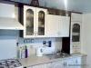 Kuchyň černá, dvířka prolisovaná bílá
